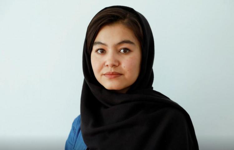 १ लाख ७० हजारलाई पछि पार्दै अफगानी मजदुरकी छोरीले टपिन् विश्वविद्यालय, खुल्यो डाक्टर बन्ने ढोका