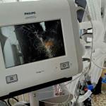 कोरोना संक्रमितको मृत्युपछि अस्पतालमा तोडफोड, स्वास्थ्यकर्मीमाथि हातपात